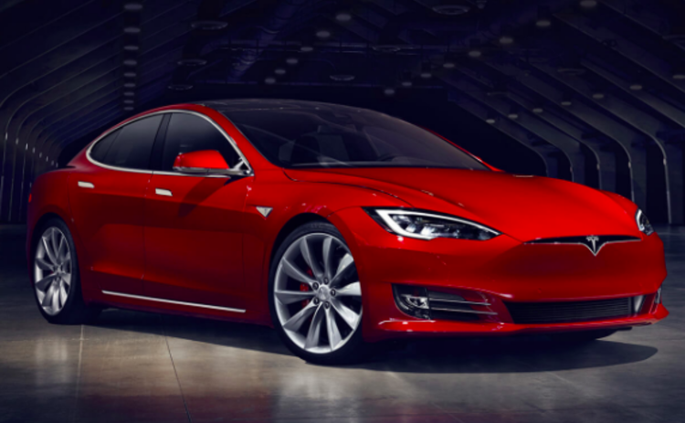 A driver has been killed behind the wheel of a self-driving Tesla Model S
