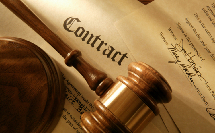 contract-gavel-litigation