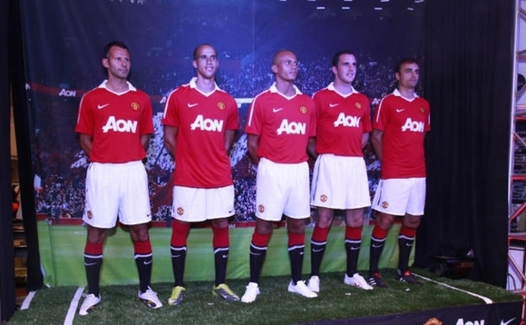 Aon-sponsored Manchester United shirts