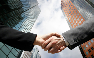 handshake-business-family-southeast-asia